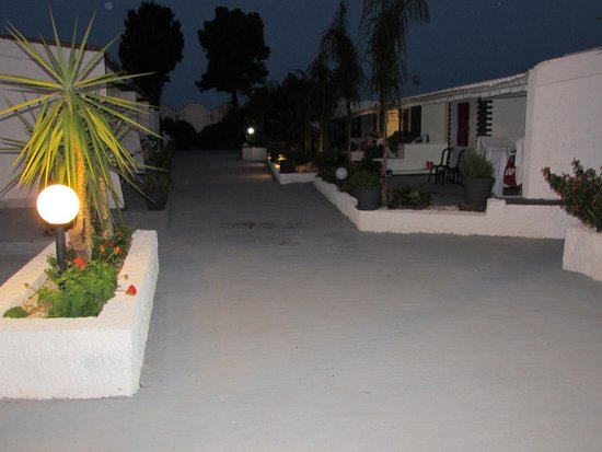 Hotel Fontane Bianche Beach Club: Camere giardino lato mare