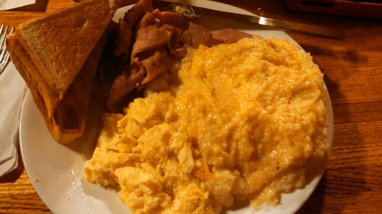 The Breakfast Club : Two eggs, ham, toast and enough grits to choke a horse
