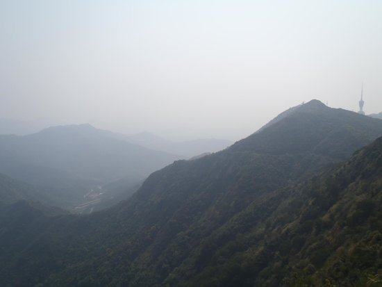 Wutong Mountain: Muggy weather