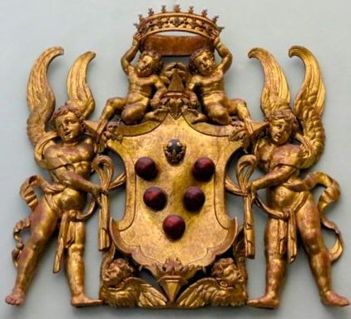 Uffizien (Galleria degli Uffizi): Medici Crest, Interior Stairway Uffizi Gallery