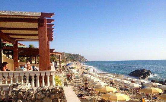 Hotel Resort Rocca di Vadaro: Bar e Spiaggia