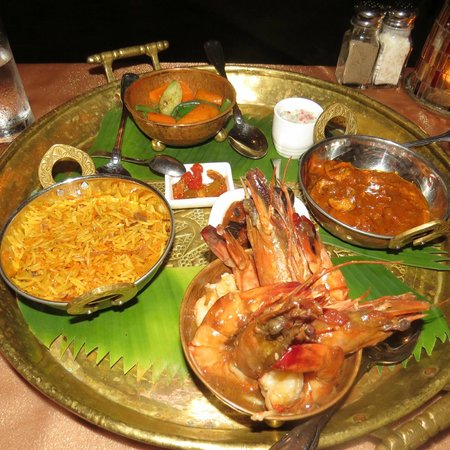 The Palms: delicious seafood curries
