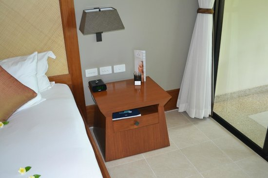 Layana Resort and Spa: Aroma Candle beside bed