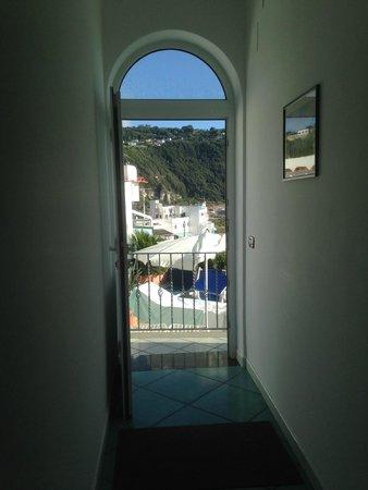 Casa del Sole: Veduta esterna dal corridoio