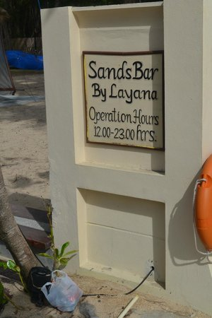 Layana Resort and Spa: Beach Bar