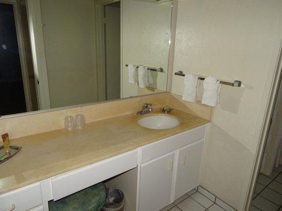 Plantation Hale Suites: Ванная (Стандартный номер)