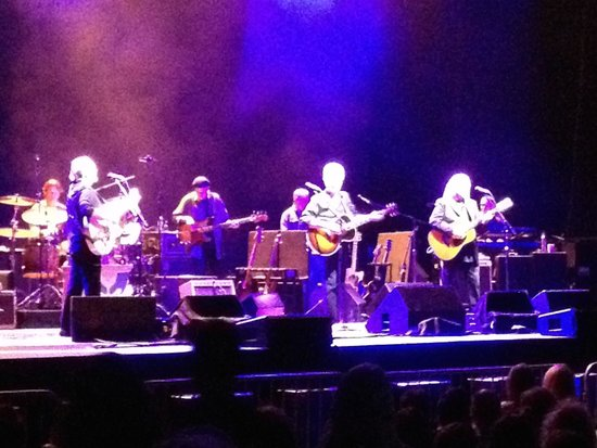 West Long Branch, Nueva Jersey: Crosby, Stills  & Nash