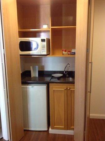 Mercure São Paulo Pinheiros Hotel: Serviço de cozinha no apartamento