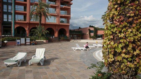 Fantasia Hotel De Luxe : End of November - still lot of sun