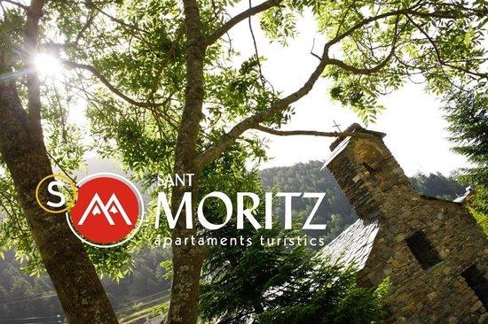 Sant Moritz Apartments: Iglesia pueblo de Arinsal