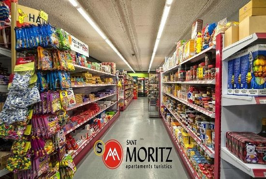 Sant Moritz Apartments: Supermercado Sant Moritz