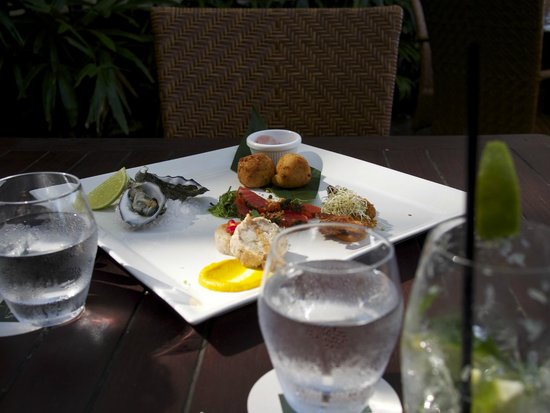 Lime & Pepper Restaurant: Tasting Plate we had in July 2014