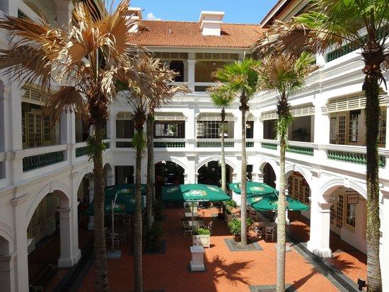 Raffles Hotel Singapore: ラッフルズ ホテル中庭