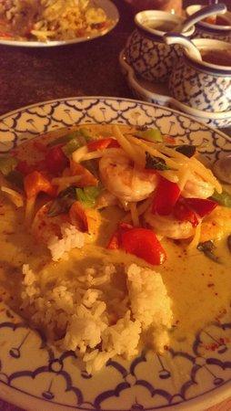 Taste of Thailand: Green curry shrimp - level 9 - yum!