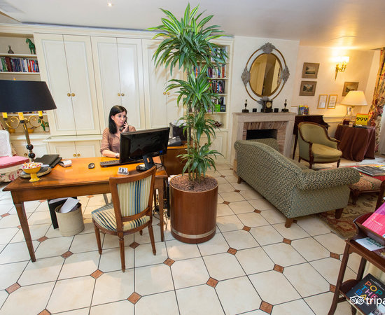 Photo of Hotel Le Relais Montmartre at 6 Rue Constance, Paris 75018, France