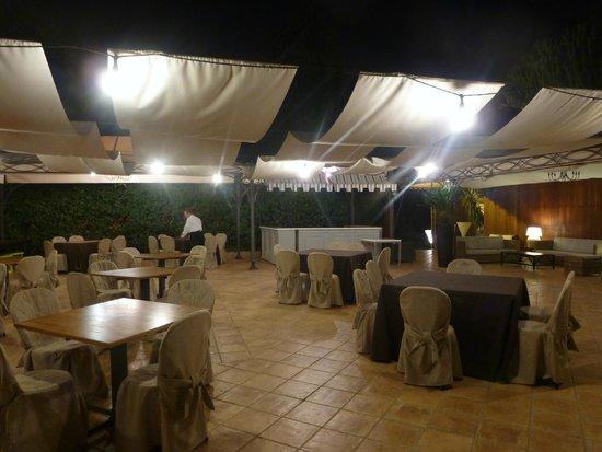 Villa Esperia Palermo: Ресторан отеля