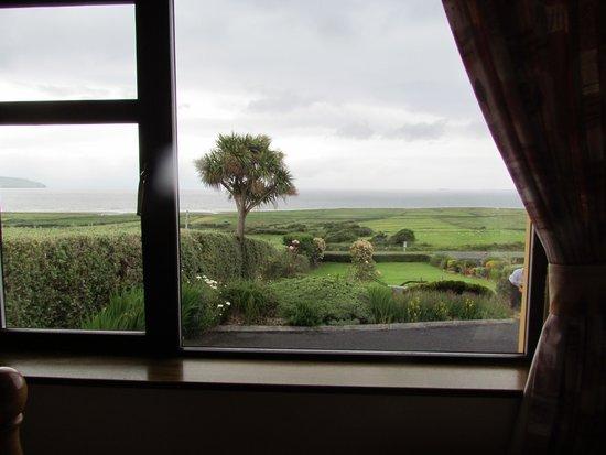 Beenoskee : Vistas desde la ventana