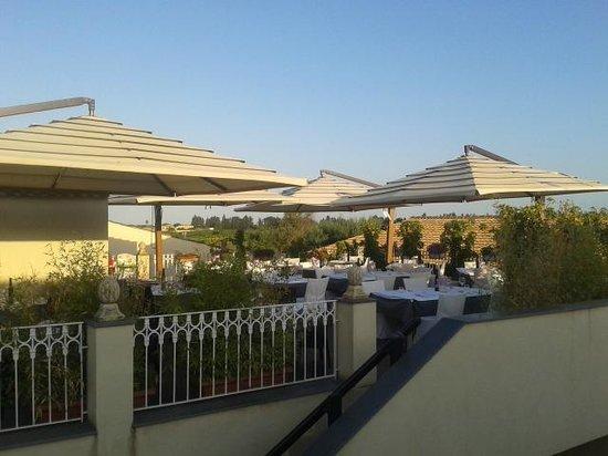 Hotel Borgo Pantano: Uitzicht op het restaurant
