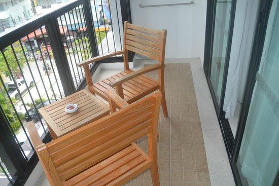 Centara Anda Dhevi Resort and Spa: Balcony