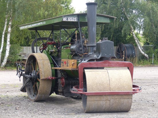 Great Central Railway: Aveling & Porter Steam Roller at Rothley