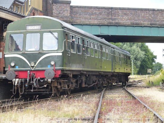 Great Central Railway: Class 101 dmu at Quorn & Woodhouse