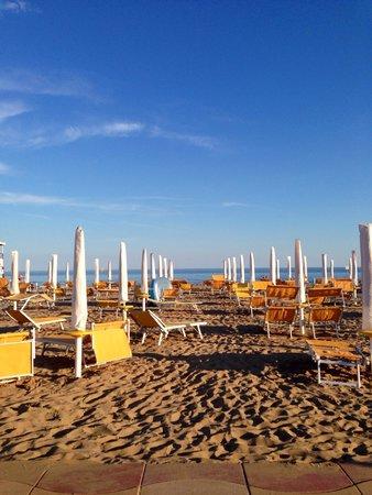 Villaggio Turistico Internazionale: Spiaggia villaggio bibione