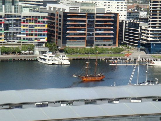 The Sebel Residences Melbourne Docklands: Classic goulet in the harbour