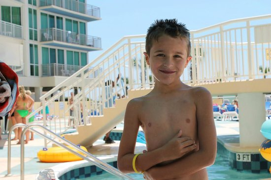 Avista Resort: He is ready to play in all the pools over and over