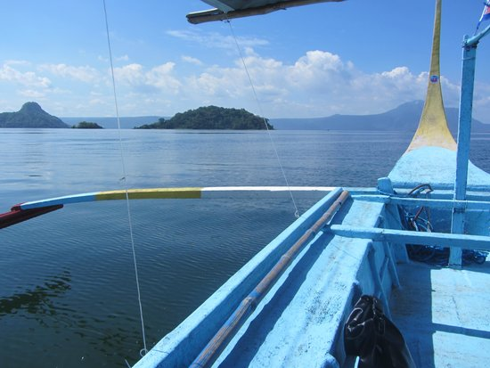 Taal Volcano: The boat ride