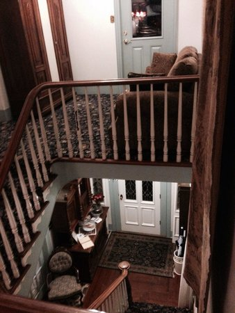 Bayfront Westcott House Bed & Breakfast : View from top of stairs in main house.