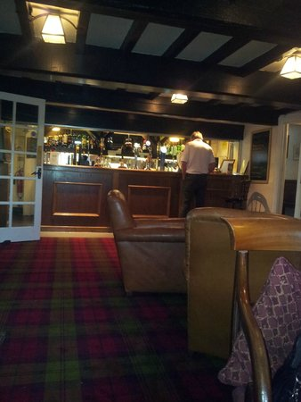 The Izaak Walton Hotel: The bar