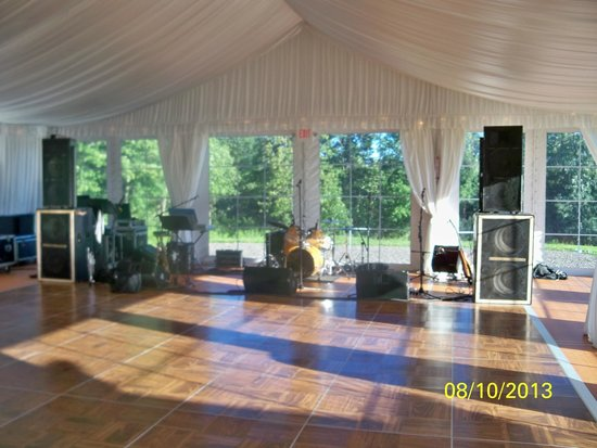 Owera Vineyards: The Party Tent Interior (2013)