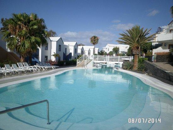 Apartamentos THe Morromar: bottom pool
