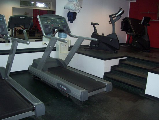 Radisson Hotel Colonia del Sacramento : gym