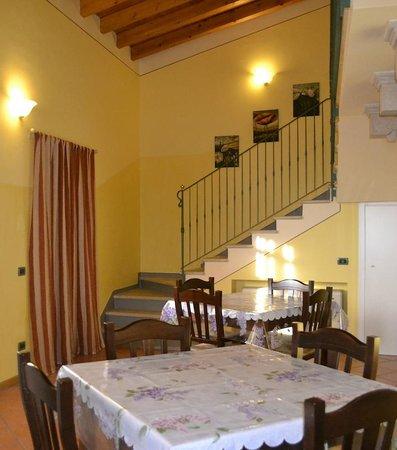 Agriturismo Esenta Borgo Castello: Scala Rendy