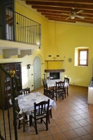 Agriturismo Esenta Borgo Castello: Sala Rendy