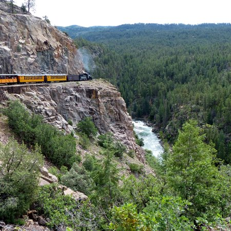 Durango and Silverton Narrow Gauge Railroad and Museum : along a steep cliff