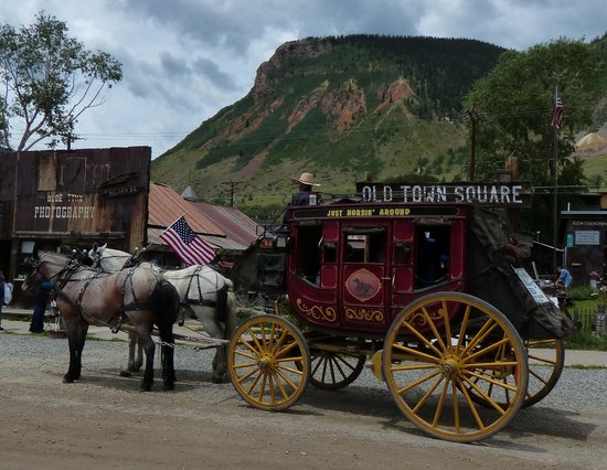 Durango and Silverton Narrow Gauge Railroad and Museum: the stagecoach in Silverton
