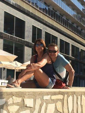 Gran Hotel Sol y Mar: Devant l'hôtel