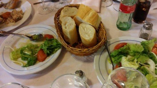 Restaurante El Cordero: bread