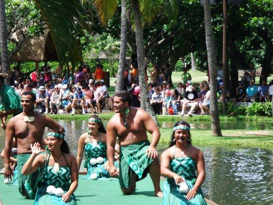 Polynesian Cultural Center : Parade