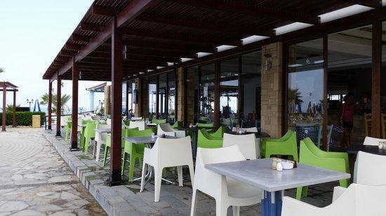 Kefalos Beach Tourist Village: Pool bar