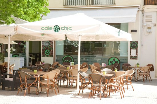 Cafe Chic