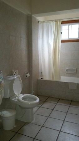 Kefalos Beach Tourist Village: Bathroom