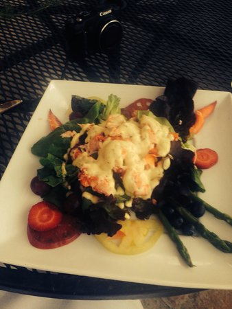 Crown Point Restaurant: Maine Lobster Salad