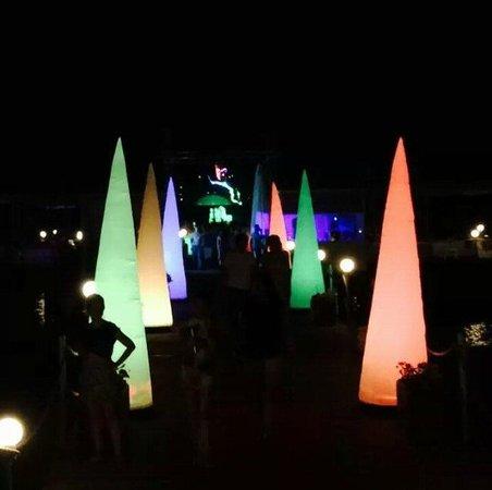 Susesi Luxury Resort : pier party