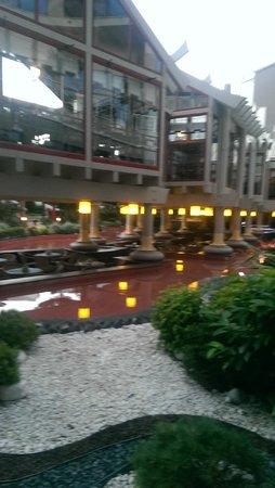 Susesi Luxury Resort : view of pattisierie