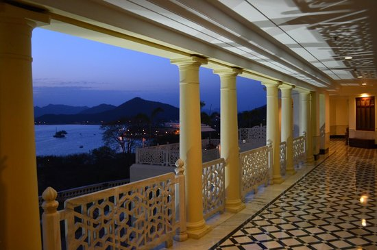The Lalit Laxmi Vilas Palace Udaipur : Beautiful evening view