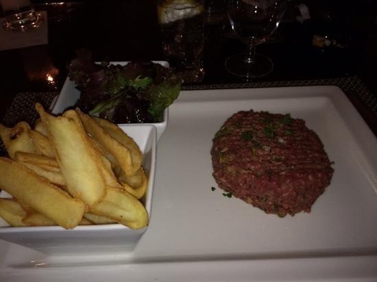 Le Boucanier: steak tartare