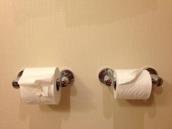 Grand Hyatt Washington: Bagno della camera - Doppia postazione :-)